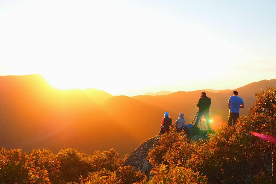 Sun rises at Mt Oberon